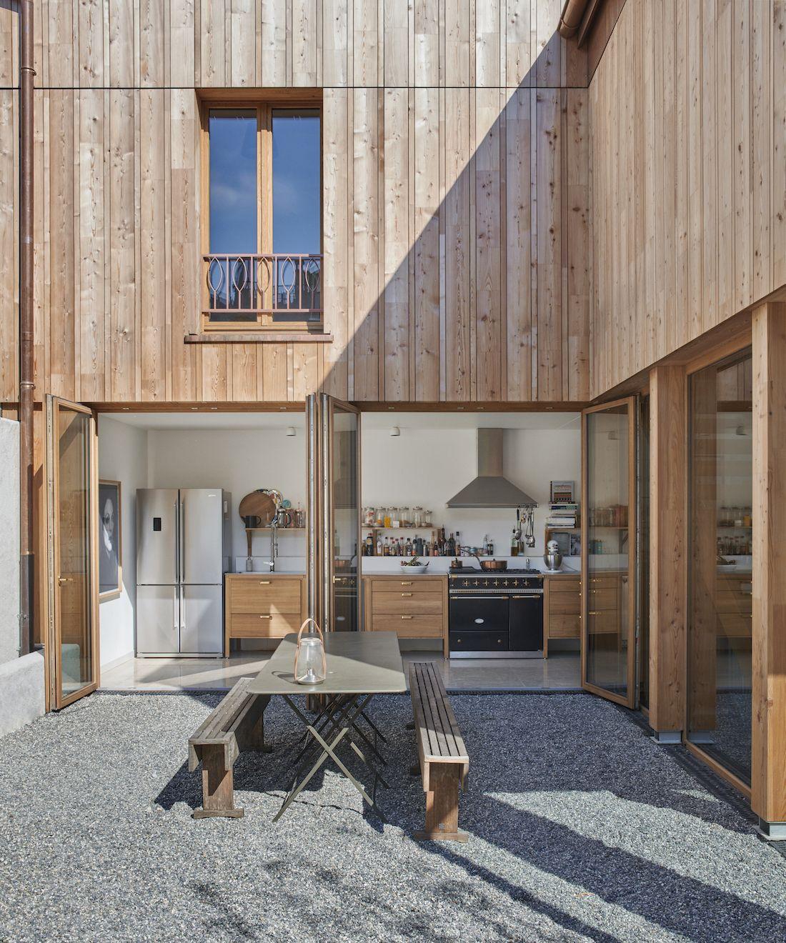 Valentine Bärg Architectures Geneva Village Wooden House 1