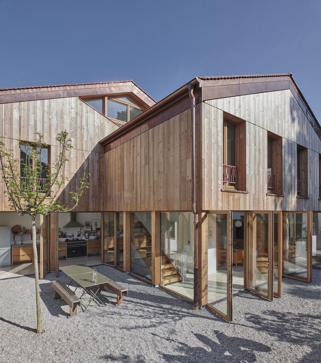 Valentine Bärg Architectures Geneva Village Wooden House 12