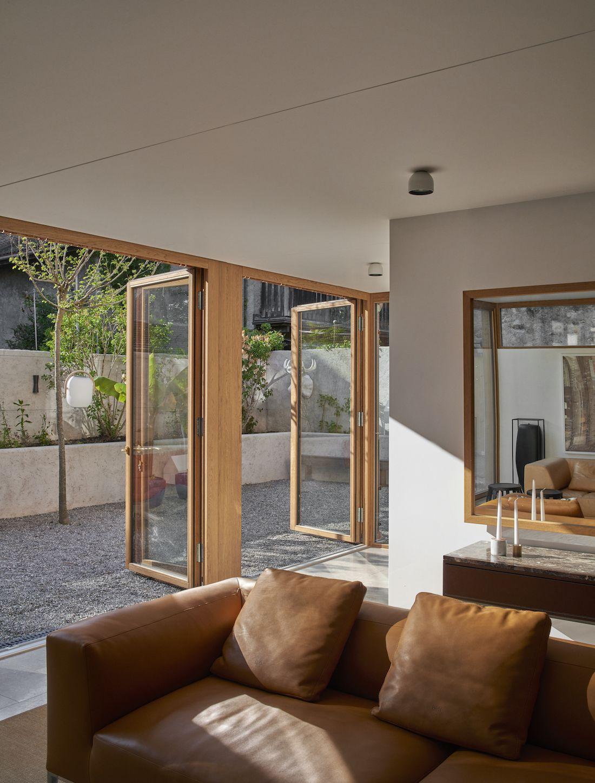 Valentine Bärg Architectures Geneva Village Wooden House 11